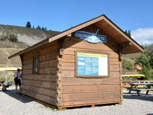 Canoe Shack for www.ColumbiaRiverPaddle.com