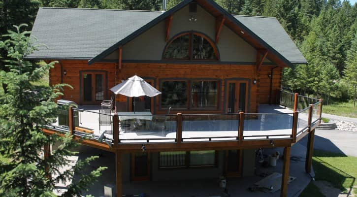 Dan & Heather Gagne's Trappeur Log Home